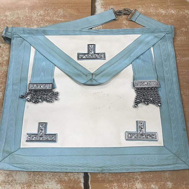 Light Blue Past Masters Masonic Apron